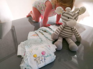 Pampers Babydry Windeltest mit Kleinkind