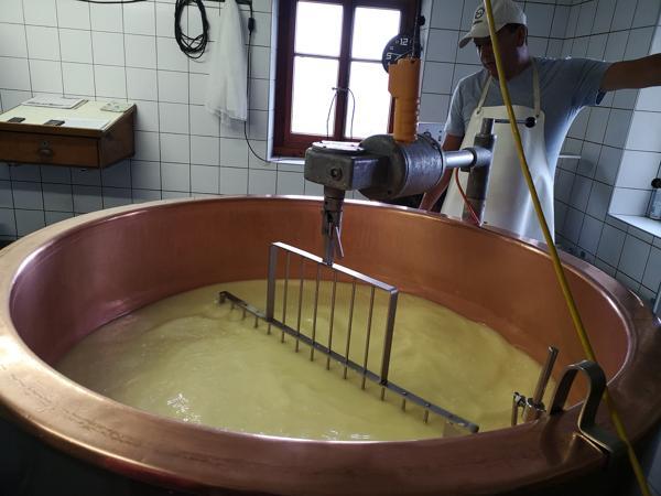 Nendaz im Sommer - In der Käserei